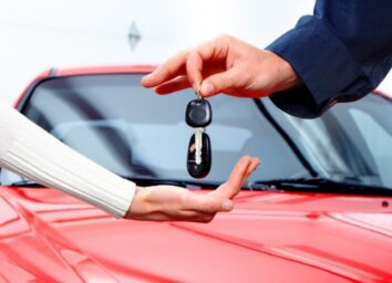 What to Know About Leasing vs. Buying a Car