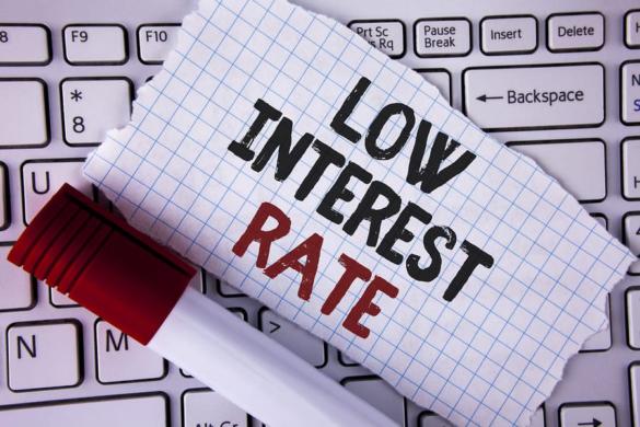 A Bajaj Finserv Personal Loan At Low Interest Rate