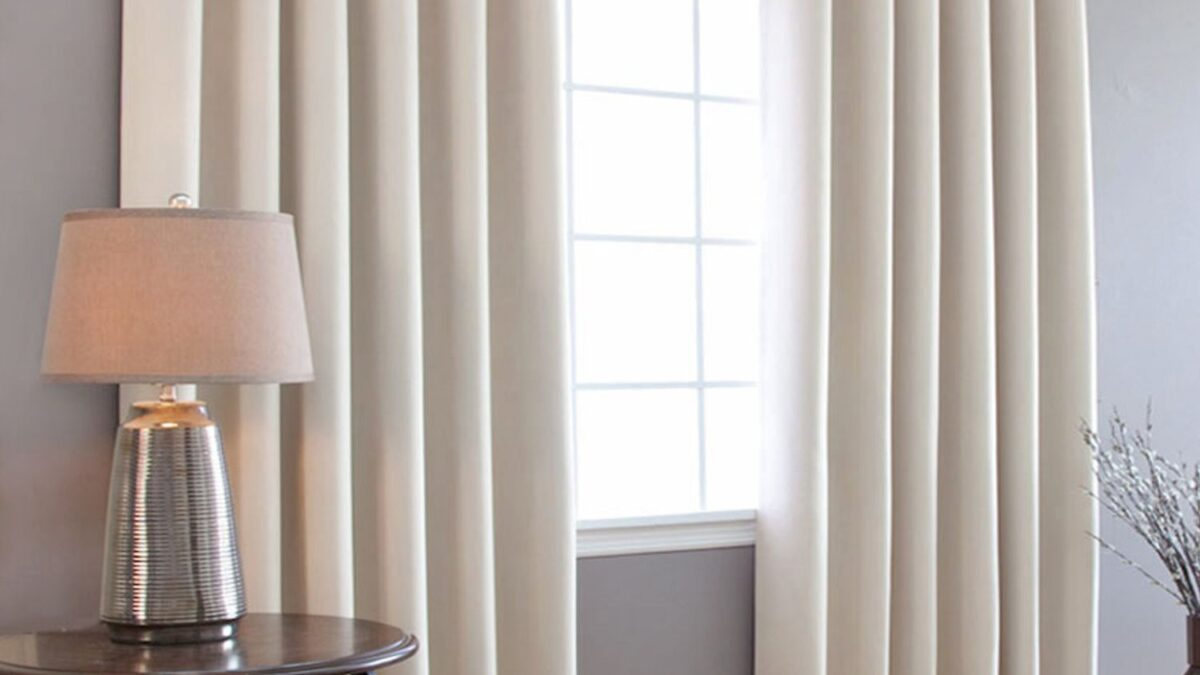 Blackout Curtains Is Perfect For Room Darkening