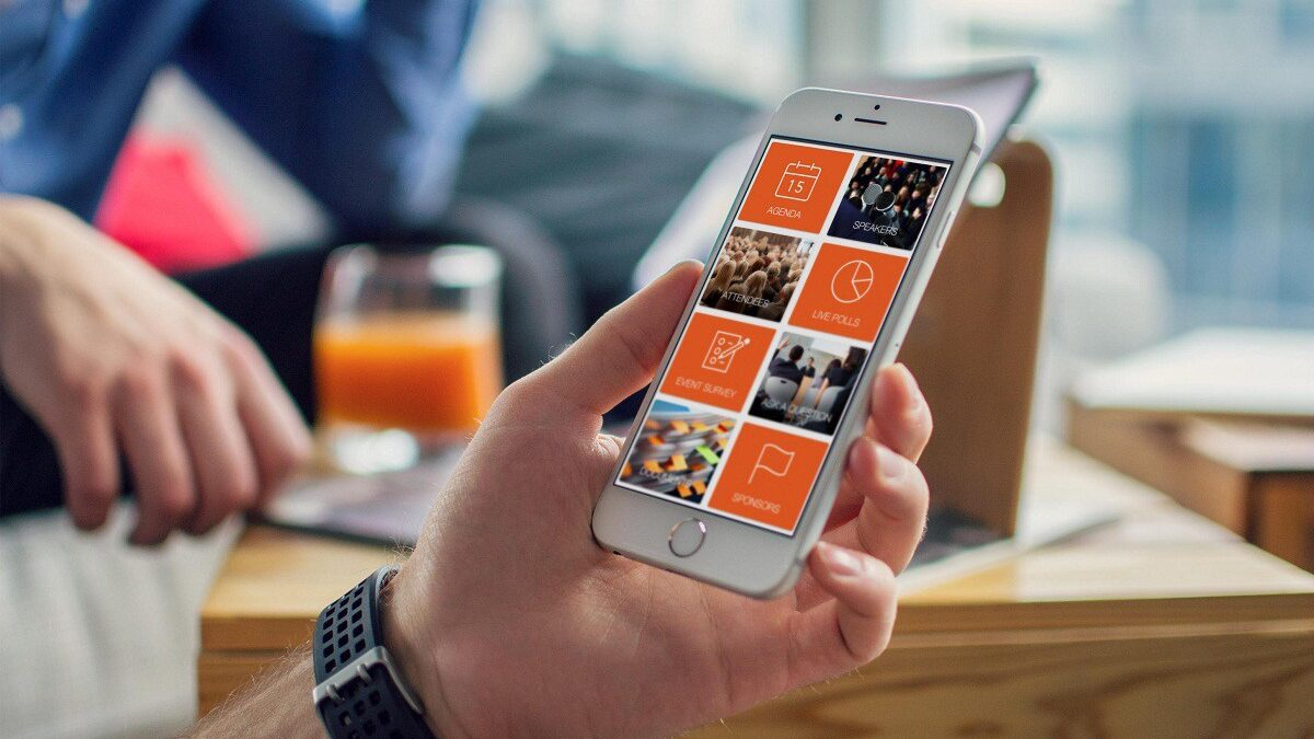 Ways you Can Use Mobile Form Apps to Empower Your HVAC Team